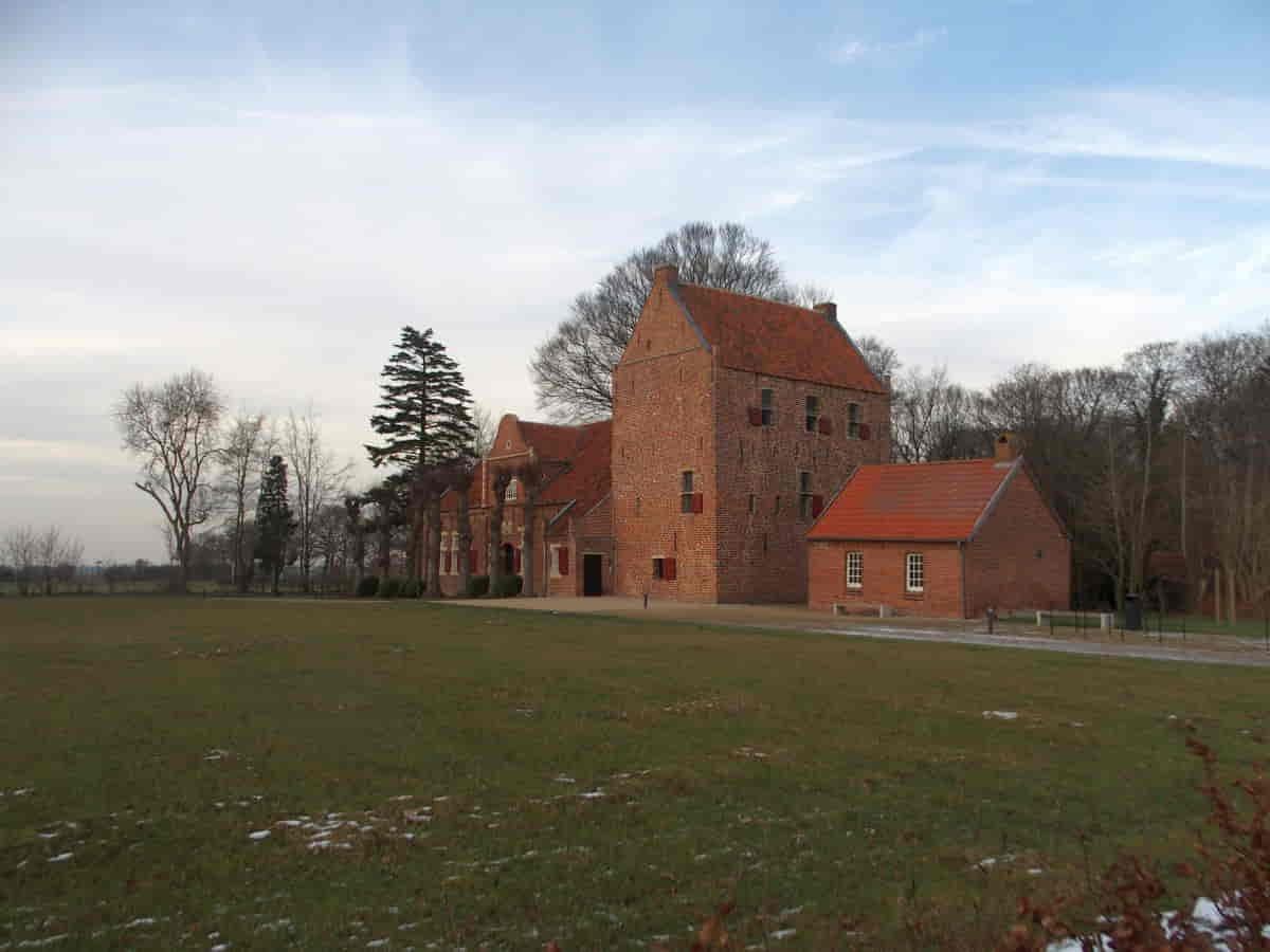Steinhaus in Bunderhee