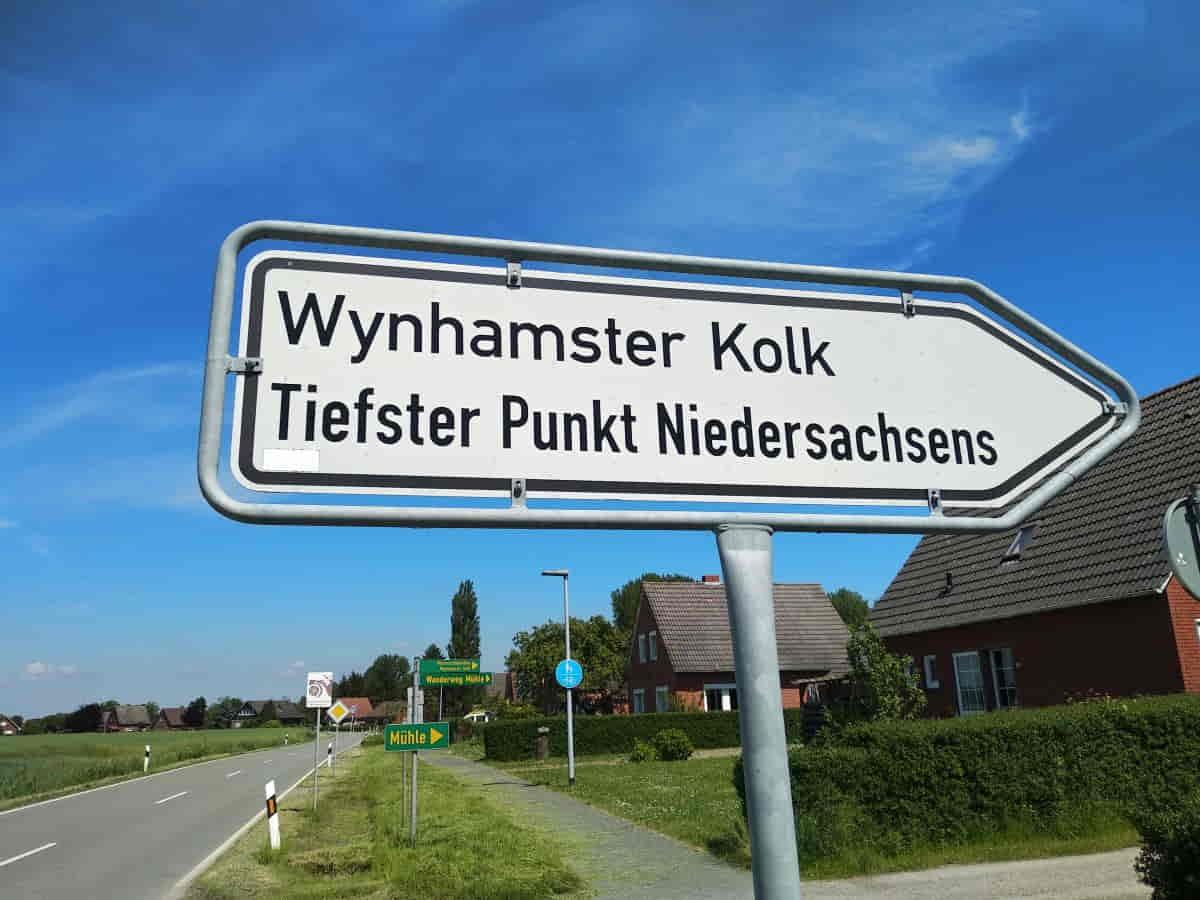 Zufahrtsschild zum tiefsten Punkt Niedersachsen